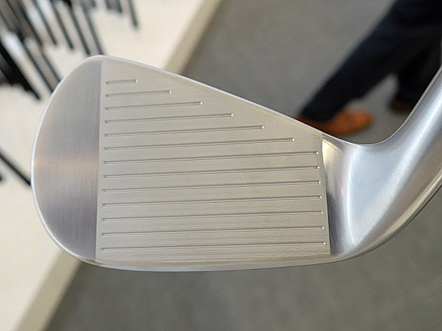 PC DL SRIXON Z565 IRON FACE